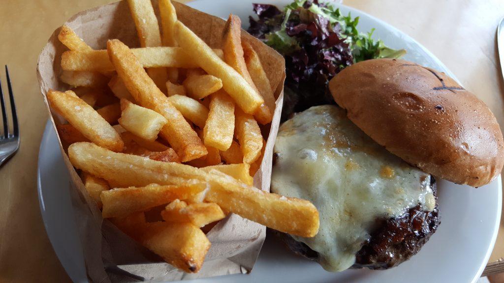 beef burger from Mateo Boulder